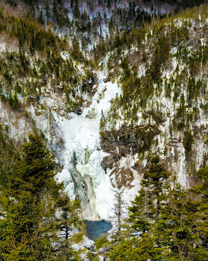 10 Cape Breton Waterfalls to visit this Winter 4