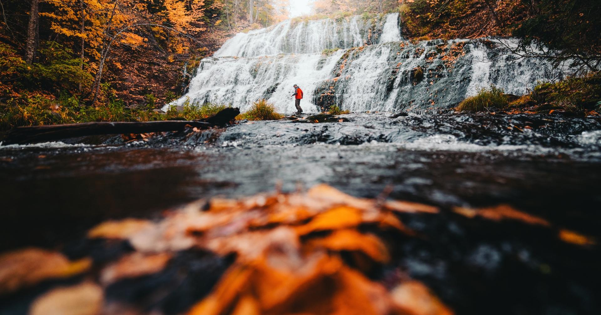 5 Must-see Fall Waterfalls