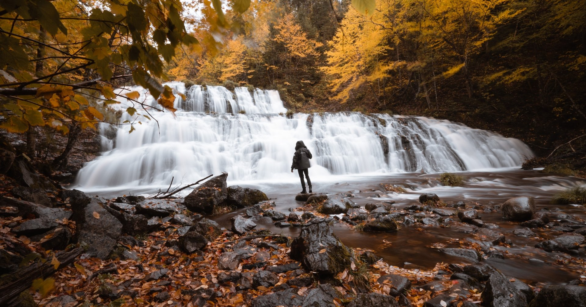 Chasing Waterfalls, Fall Colours & More! 3